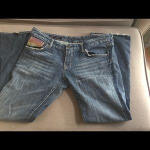 Distressed jean